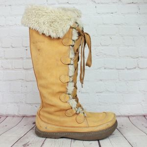 Earth Peak Arctic Summit Suede Lace Up Boots